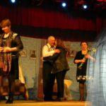 В Торжке о помощи просит самодеятельный театр