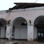 В Вышнем Волочке рушится здание знаменитых торговых рядов