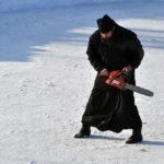 Краснохолмские священники передрались из-за места на кладбище