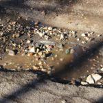 Скоро не доедем: Сотрудники АЭС в Удомле жалуются на отвратительное состояние дорог