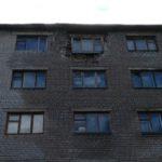 В Бологое обрушением грозит общежитие