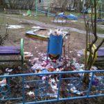 В праздничные дни в Твери снова не вывозили мусор