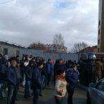 Тверской Единый миграционный центр ежедневно осаждают сотни граждан южных республик