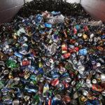 Жителям Тверской области предложили «стучать» на мусоровозы из других регионов