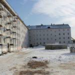 Жить в клетках: как власти Осташкова издеваются над сотнями людей, нуждающихся в жилье