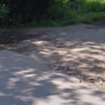 МУП ЖЭК заставили ремонтировать разрушенную дорогу на двух улицах Пролетарки