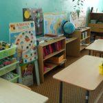 Жители Конаково год с лишним не могут добиться ремонта аварийной веранды в детском саду