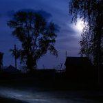 Деревню на автодороге Конаково-Дубна не видно в темноте