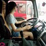 Крепче за баранку держись, шофер! Женщинам разрешат работать дальнобойщиками и не только