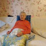 В Старице 95-летняя ветеран войны  живёт в столетнем доме с «удобствами» на улице