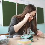 Тридцать тысяч? Нет, не слышали… Ржевский учитель — о реальной зарплате и других проблемах провинциальной школы