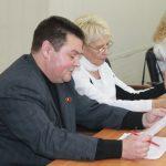 На первом заседании Думы Вышневолоцкого городского округа представители  «Единой России» приняли ряд решений, которые могут привести территорию к правовому коллапсу. Блог депутата-коммуниста  Дмитрия Фисенко