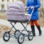 Работающих матерей хотят лишить «декретных». Соответствующую инициативу внесло Министерство труда