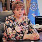 В Торжокском районе возникло двоевластие. Вопреки решению депутатов экс-глава Торжокского района Наталья Лашина отказывается покидать своё кресло