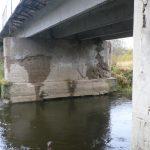Мост рушится, а по дорогам не пройти. Жители Весьегонска обвиняют городскую власть в бездействии