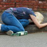 Печальная статистика алкоголизма в Тверской области: алкогольная зависимость «молодеет», растет количество смертельных отравлений суррогатами…