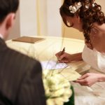 Министерство юстиции России планирует скорректировать возраст вступления в брак