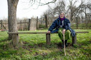 93-летнюю Нину Дроздову — единственную жительницу деревни Мончалово, хотят насильно переселить в Ржев?