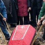 В Бологовском районе людей хоронили без контроля. А в Вышнем Волочке на кладбище вызвали полицию