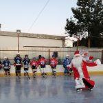 Горячие схватки на первом льду. В Вышнем Волочке состоялся традиционный турнир по мини-хоккею «В гостях у Александра Калиткина»