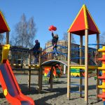 Вышневолочане обратились к премьер-министру РФ с просьбой решить вопрос с установкой детской площадки. Местная администрация жителей игнорирует