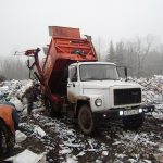 В Западной Двине ловят машины с иногородним мусором