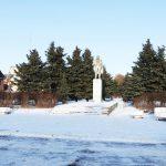 Жители Калязина выходят на митинг против сноса памятника Ленину. Районные власти пытаются переписать историю?