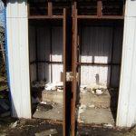 В Западной Двине жители вынуждены вручную чистить выгребные туалеты. Почему бездействует местная власть?