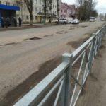 Дорожные войны в Бологое. Суд обязал администрацию района отремонтировать разбитые дороги, но районная власть ссылается на нехватку средств, которые «зажали» городские депутаты