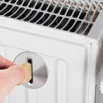 Перерасчет за ЖКХ: стоит ли ждать возврата денег за тепло по причине аномально теплой зимы?
