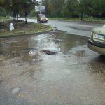 Крупный район Ржева залило дождём, спасти город от наводнения попытались с помощью «нанотехнологий»