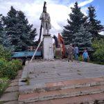 Ленинопад по-калязински. Кому и зачем потребовалось переносить памятник основателю СССР из городского сквера?