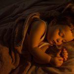 Сколько времени мы проводим во сне? Как спать правильно?