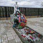Самое крупное братское захоронение в Ржевском районе снова требует ремонта