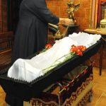 Отпетые мошенниками. В Торжке похоронные дельцы обманывают верующих