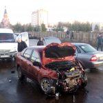 Массовое ДТП в Ржеве. Горожане уверены, что ЧП на обледенелом мосту произошло из-за разгильдяйства местной власти