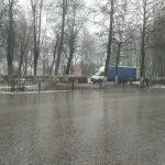 В городе Бологое Детский сквер обнесли кладбищенской оградой?