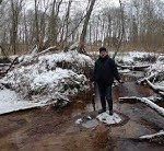 На смартфонах не видно ручьёв и леса? Эко-активист Николай Комаров отправился в видео-поход, чтобы доказать чиновникам: строить мусорный полигон на границе Нелидовского и Оленинского округов нельзя!