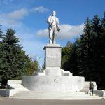 В Ржеве хотят снести памятник Ленину ради фонтанной группы. Роман Крылов объявил «крестовый поход» против советского наследия?