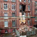 В Твери рухнула стена жилого дома