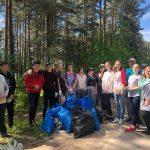 Осташковская молодёжь пришла на помощь заповеднику