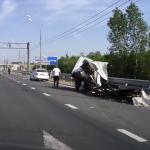 Авария на мосту через Тьмаку привела к крупной пробке и попаданию в реку вредных веществ?