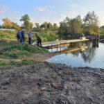 Жители посёлка в Тверской области собственными силами восстановили бесхозный мост