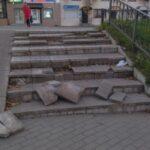 В Ржеве рушится лестница, ведущая к памятнику героя. Фото-факт